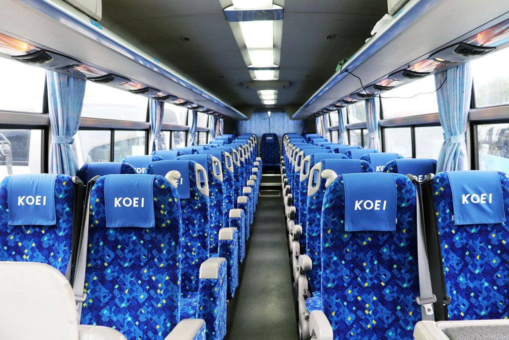 大型バスの座席配置