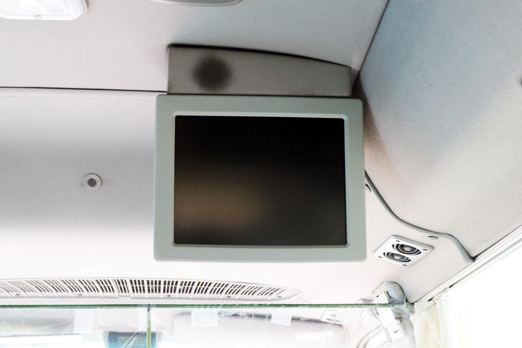マイクロバスのテレビモニター