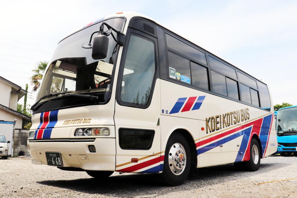 広栄交通バスの中型車のご案内